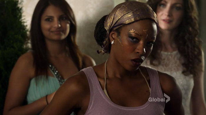 Also, LOL look at this person's face when she found out they were duelling via DANCE OFF