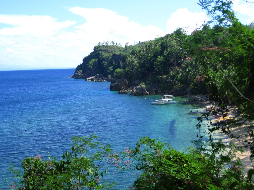 Hike to the Guisi lighthouse brought this view. Hello Guimaras, is there a part of you that isn't beautiful? =)