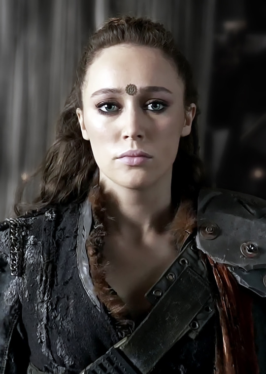 Commander Lexa. (Image from http://the100.wikia.com/wiki/Lexa)